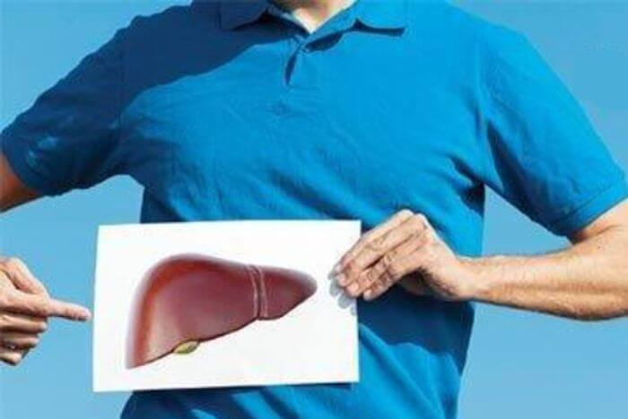 Do diabetes patients have an increased risk of liver disease